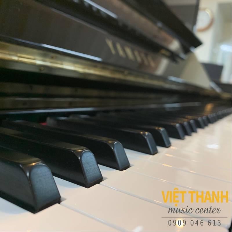 ban phim piano Yamaha YU3