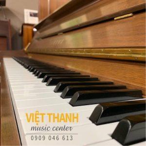 ban phim piano Yamaha YU30WN