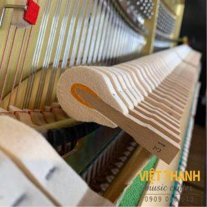bua dan piano Yamaha U100SX