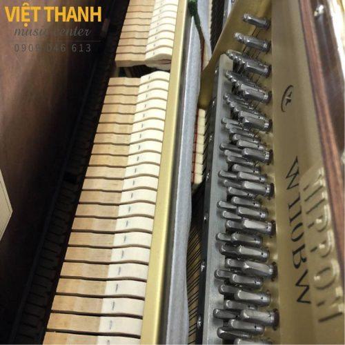 bua dan piano Yamaha W110BW