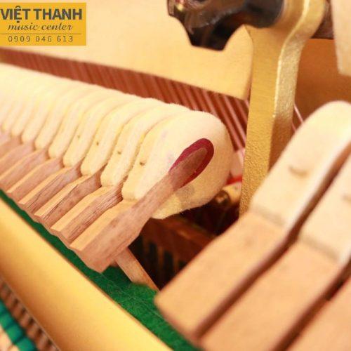 búa đàn piano Yamaha UX30A