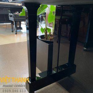 chan piano Yamaha UX10A