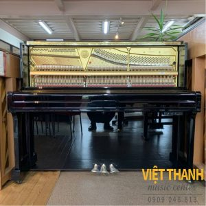 dan may piano Yamaha U100SX