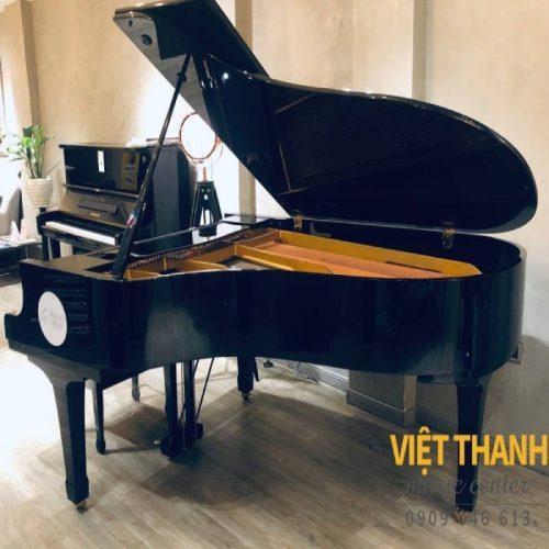 grand piano Yamaha G5B