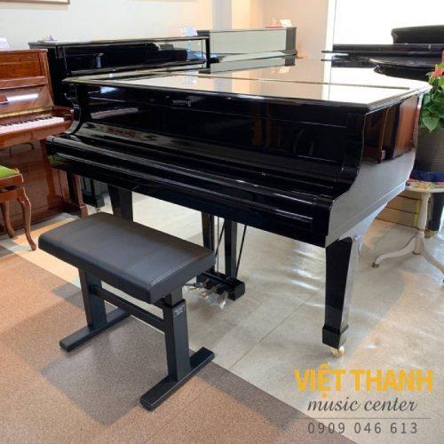 grand piano yamaha c3e