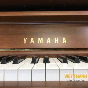 logo piano Yamaha UX300WN