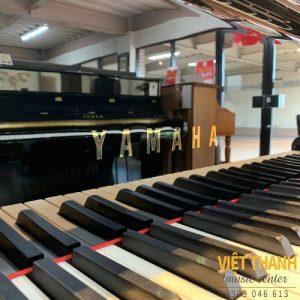 logo piano yamaha c3e