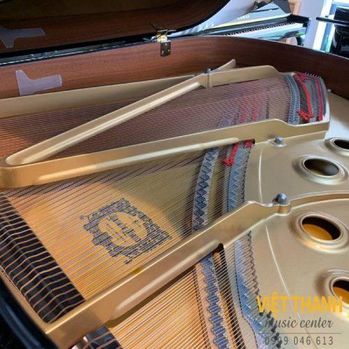 may dan piano yamaha c3e