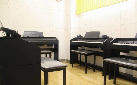 Trung tâm cho thuê phòng tập đàn piano tại TPHCM