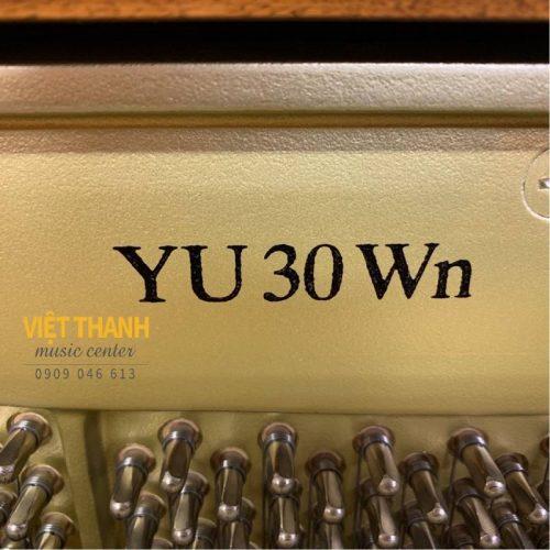 pin piano Yamaha YU30WN