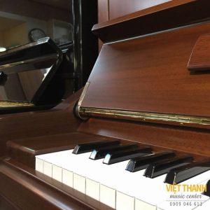ha nap cham piano Yamaha YU10WN