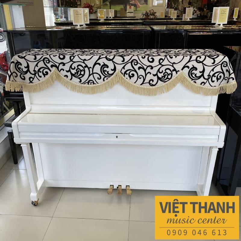 khan phu dan piano mau den trang