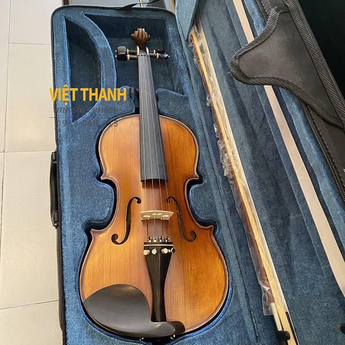 violin Amati VM118