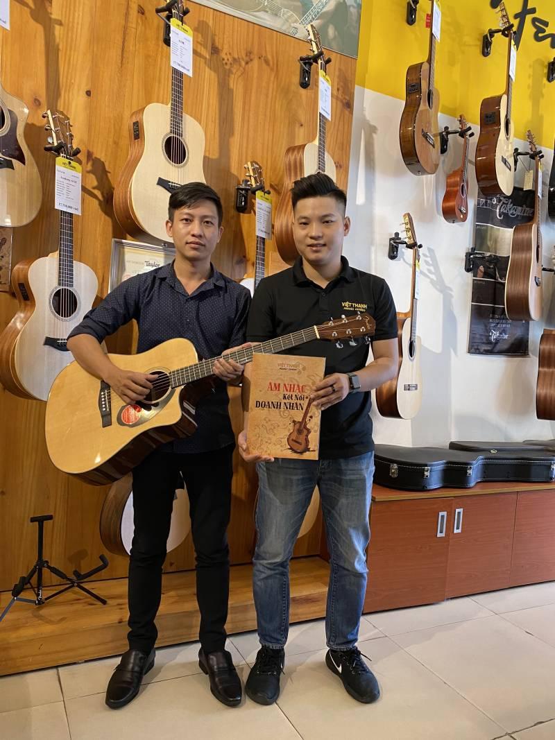 guitar Acoustic Fender CD-60SCE