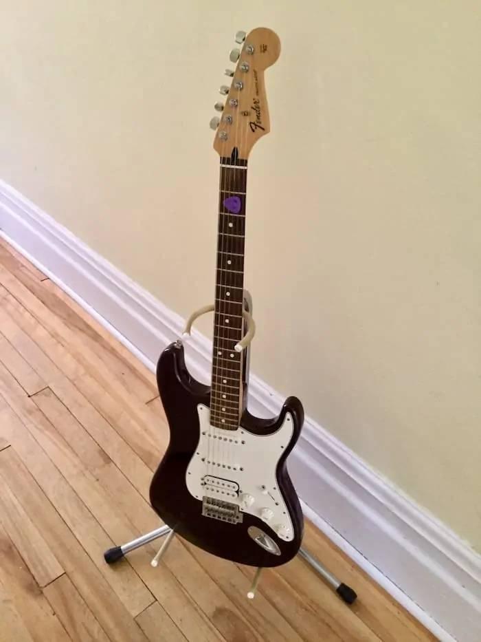 gia do dan guitar