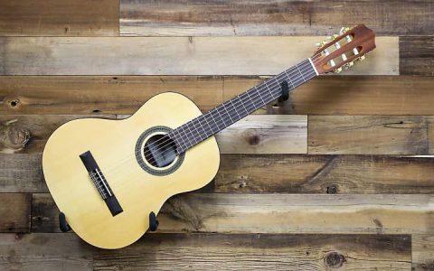 Top 10 đàn guitar dây nhựa bán chạy hiện nay