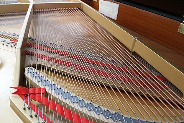 day dan grand piano kawai gs-30